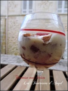 Tiramisu aux fraises (7)